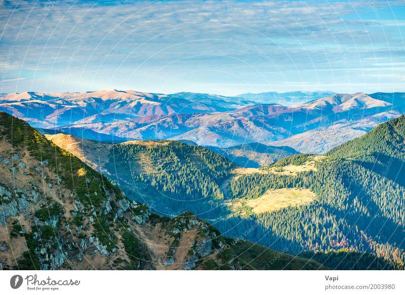 Schöne grüne Berge und Hügel Himmel Natur Ferien & Urlaub & Reisen blau Sommer Farbe weiß Baum Landschaft rot Wolken Ferne Wald Berge u. Gebirge gelb