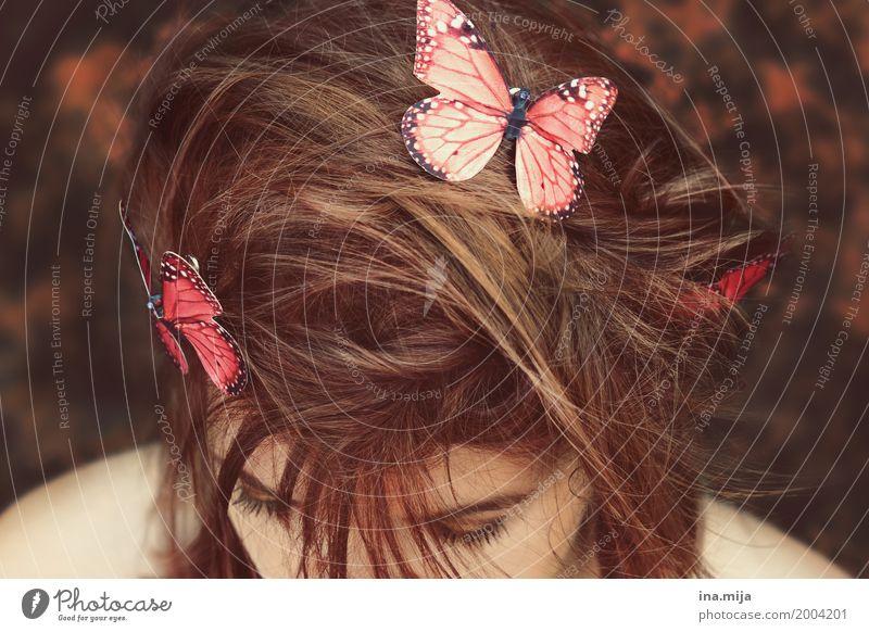 Frühlingsbotin Mensch feminin 1 18-30 Jahre Jugendliche Erwachsene 30-45 Jahre Umwelt Natur Haare & Frisuren brünett Tier Wildtier Schmetterling Flügel Zoo 2
