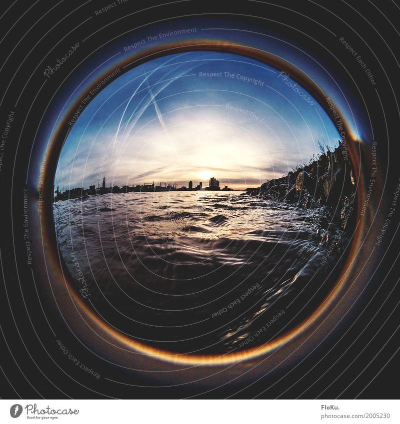 Humburg Ahoi - Ein Blick durchs Bullauge Umwelt Urelemente Wasser Himmel Wolken Horizont Sonne Sonnenaufgang Sonnenuntergang Wellen Küste Flussufer Elbe Hamburg