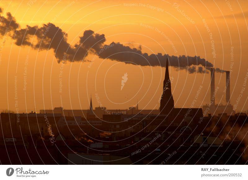 Kraftwerk Rauch Berlin Industrie Energiewirtschaft Sonnenaufgang Sonnenuntergang Schönes Wetter Deutschland Europa Hauptstadt Stadtzentrum Skyline Menschenleer