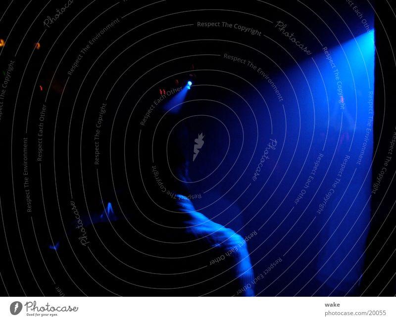 Blue lights till dawn blau dunkel Tanzen Club Strahlung Bühnenbeleuchtung Israel Drum'n'Bass Tel Aviv