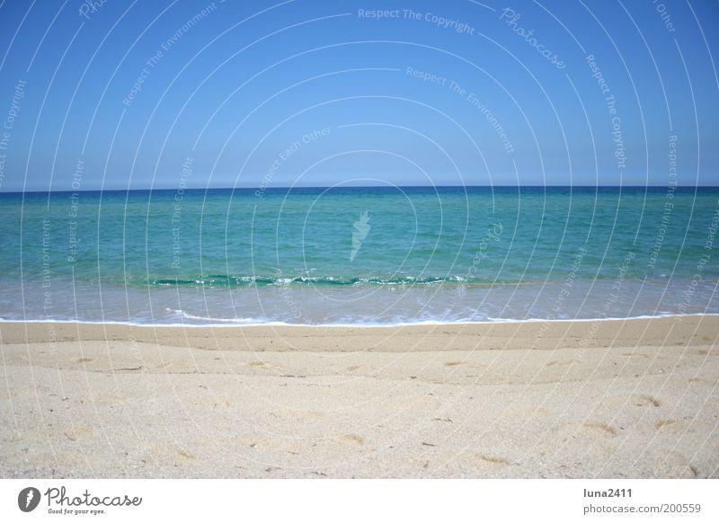 Traumstrand Sand Himmel Wolkenloser Himmel Schönes Wetter Strand Meer Mittelmeer exotisch blau braun mehrfarbig Außenaufnahme Menschenleer Textfreiraum oben