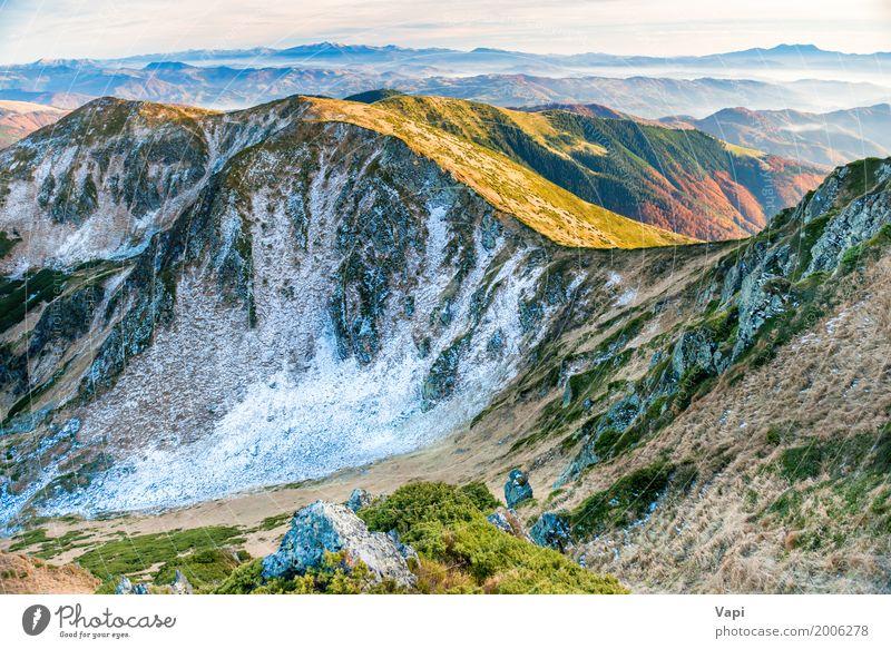 Landschaft mit Bergen, Hügeln, Himmel und Wolken Natur Ferien & Urlaub & Reisen Pflanze blau Sommer Farbe grün weiß Sonne rot Ferne Winter Berge u. Gebirge