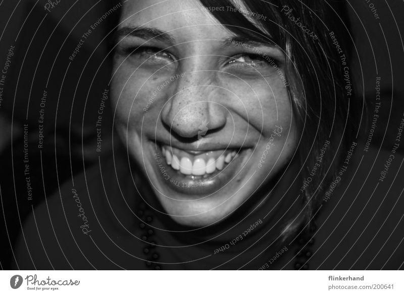 beste freundin. Mensch feminin Junge Frau Jugendliche Kopf 1 18-30 Jahre Erwachsene lachen authentisch Gefühle Glück Lebensfreude selbstbewußt Optimismus