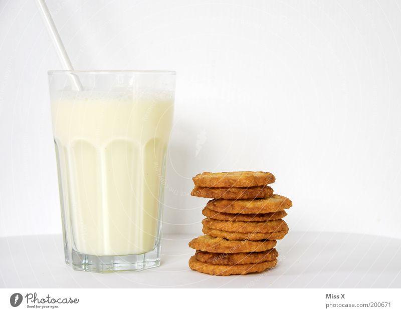 Hauptnahrungsmittel weiß Stil Gesundheit Glas Kindheit Lebensmittel Ernährung Getränk rein Frühstück lecker Bioprodukte Backwaren Milch Keks Teigwaren