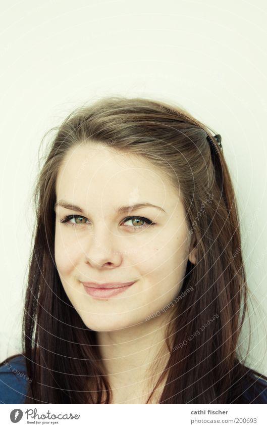 Silvia schön feminin Junge Frau Jugendliche Erwachsene Haut Kopf Haare & Frisuren Gesicht Auge Nase Mund Lippen Augenbraue 1 Mensch 18-30 Jahre brünett