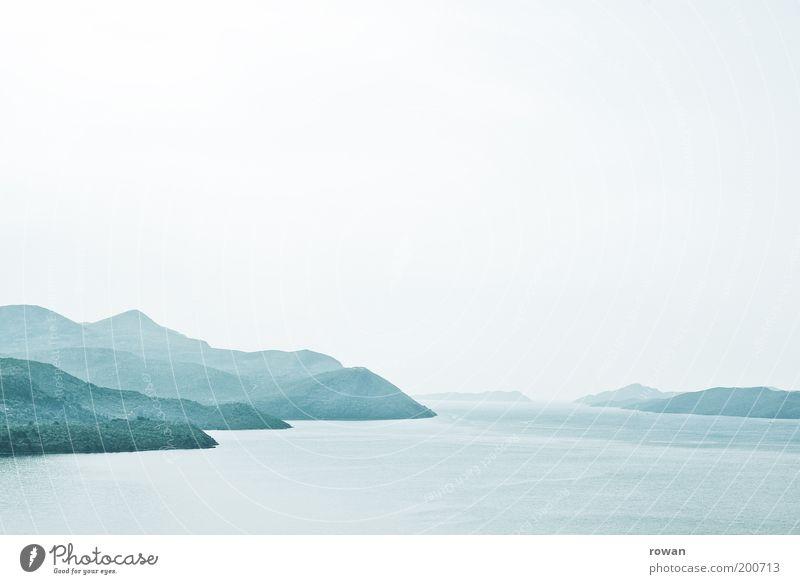 meeresdunst Natur Wasser schön Meer grün blau Ferne dunkel kalt Berge u. Gebirge Landschaft Küste Nebel Umwelt Horizont Insel