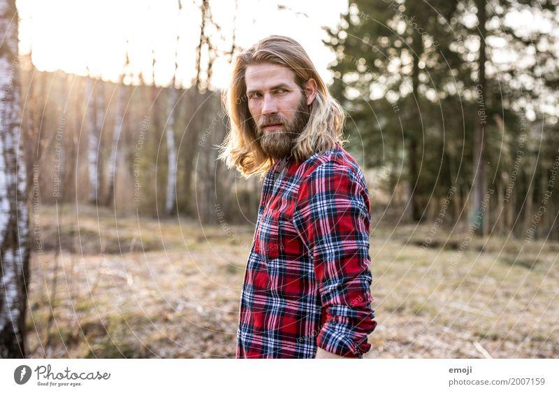 - maskulin Junger Mann Jugendliche Erwachsene 1 Mensch 18-30 Jahre 30-45 Jahre Umwelt Natur Landschaft Coolness trendy natürlich langhaarig Hipster Naturliebe