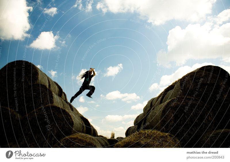 ABSPRUNG Mensch Jugendliche Freude Erwachsene Bewegung springen Stil elegant fliegen maskulin Lifestyle 18-30 Jahre Landwirtschaft Fitness Lebensfreude