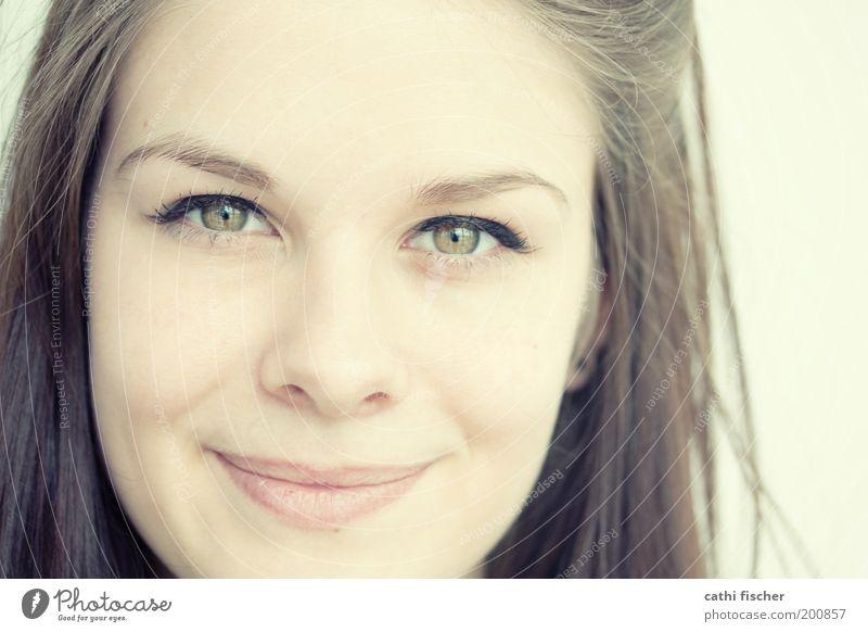 Silvia II schön Schminke feminin Junge Frau Jugendliche Haut Kopf Haare & Frisuren Gesicht Auge Nase Mund Lippen 1 Mensch 18-30 Jahre Erwachsene brünett