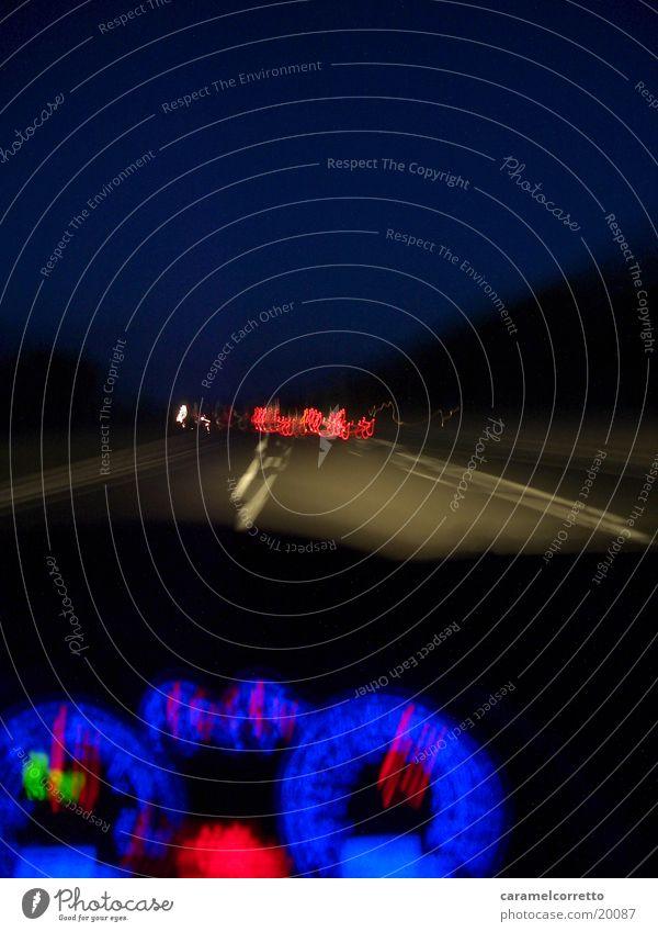 on the road again 05 Nacht Langzeitbelichtung Autobahn Geschwindigkeit Tachometer Verkehr blau Straße