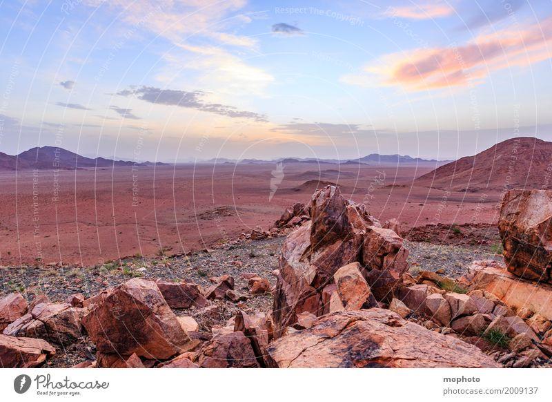 Namibian Sundowner #3 Himmel Natur Ferien & Urlaub & Reisen Landschaft Einsamkeit Wolken Ferne Wärme Umwelt Tourismus Freiheit Horizont Wetter Idylle Abenteuer