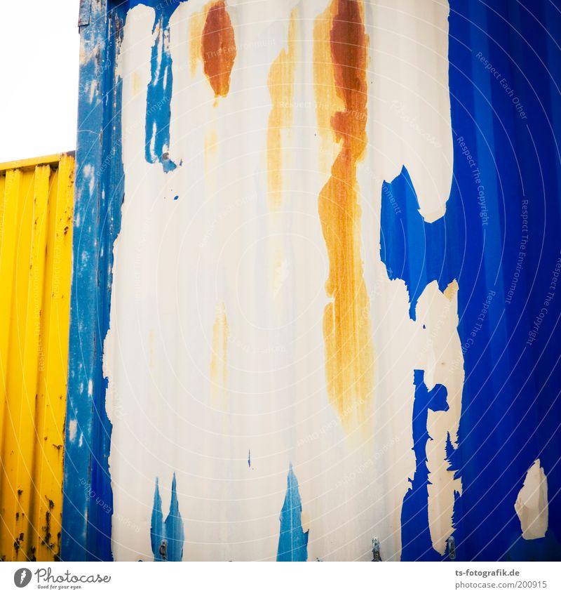 entblättertes Blau Containerverladung abblättern Mauer Wand Verkehr Güterverkehr & Logistik Metall Eisen Rost Tor Graffiti stehen ästhetisch eckig einzigartig