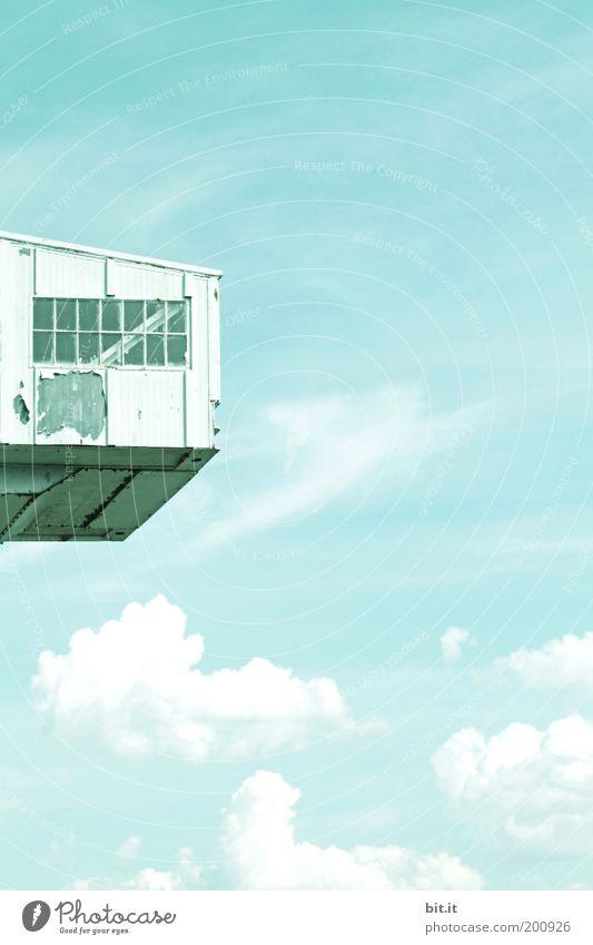 HÖHENANGST-THERAPIESTATION alt Himmel blau ruhig Haus Wolken oben Fenster Freiheit träumen Gebäude Luft Wetter Umwelt hoch Aussicht