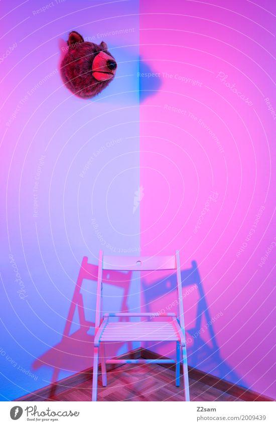 zwieschpalt Architektur ästhetisch einfach elegant Kitsch modern blau rosa Design Farbe Ordnung rein ruhig Bär Stuhl Ecke Wohnzimmer Stillleben mehrfarbig