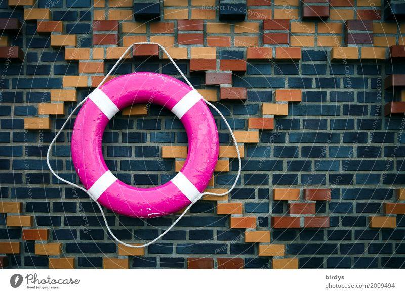 Rettet vor Ertrinken Wand Stil Mauer grau braun Design rosa rund Hilfsbereitschaft Sicherheit hängen positiv Rettung maritim Verantwortung Überleben
