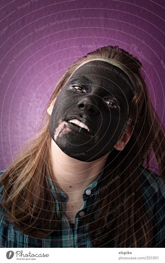 Wenn die Fassade bröckelt 3 Frau Mensch Jugendliche Gesicht schwarz Auge Farbe feminin Wand Haare & Frisuren Kopf Mund Haut Erwachsene Nase Coolness