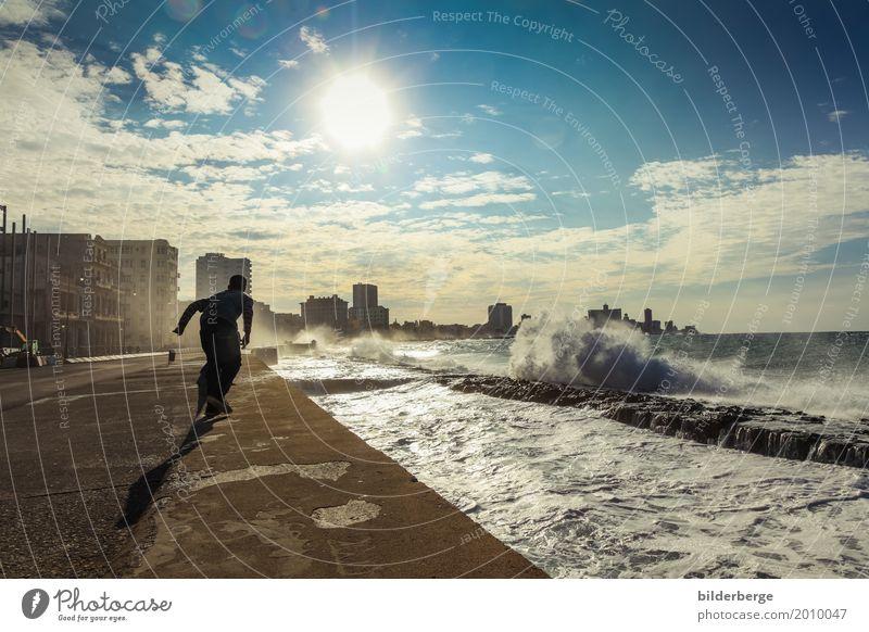 Havanna-Malecón Sonne Meer Insel Mensch maskulin Natur Hauptstadt Hafenstadt Stadtzentrum Altstadt Sport Umweltschutz bilderberg castro fiedel Fotografie