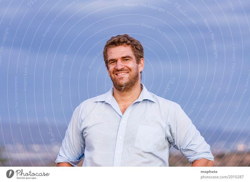 Smilin´... maskulin Junger Mann Jugendliche Erwachsene Leben 1 Mensch 30-45 Jahre Natur Himmel Wolken Horizont Namibia Hemd Bart Dreitagebart Vollbart Lächeln