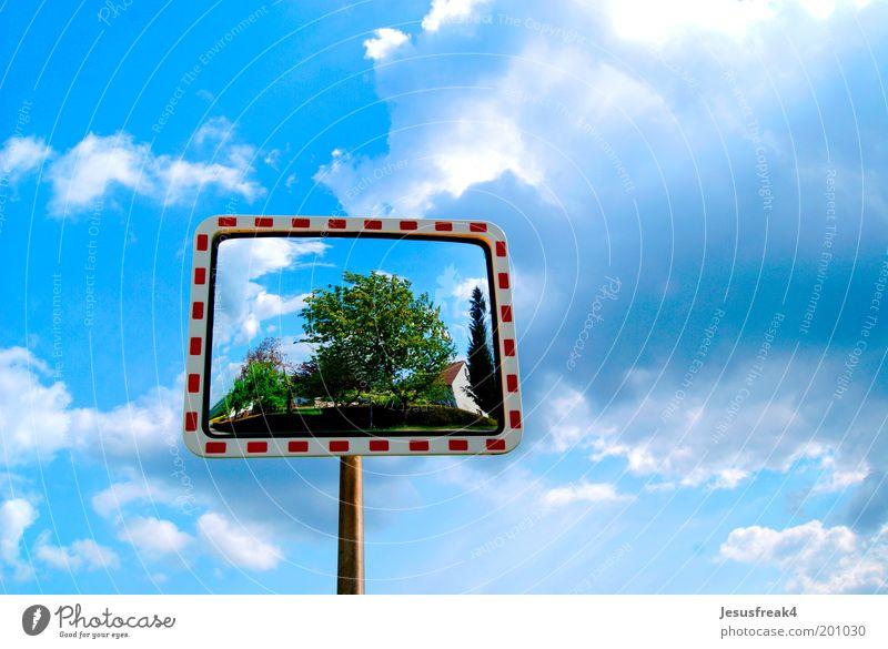 Spiegelbild Natur Himmel Wolken Wetter Schönes Wetter Verkehr Straßenverkehr Metall Schilder & Markierungen entdecken blau Zufriedenheit Surrealismus