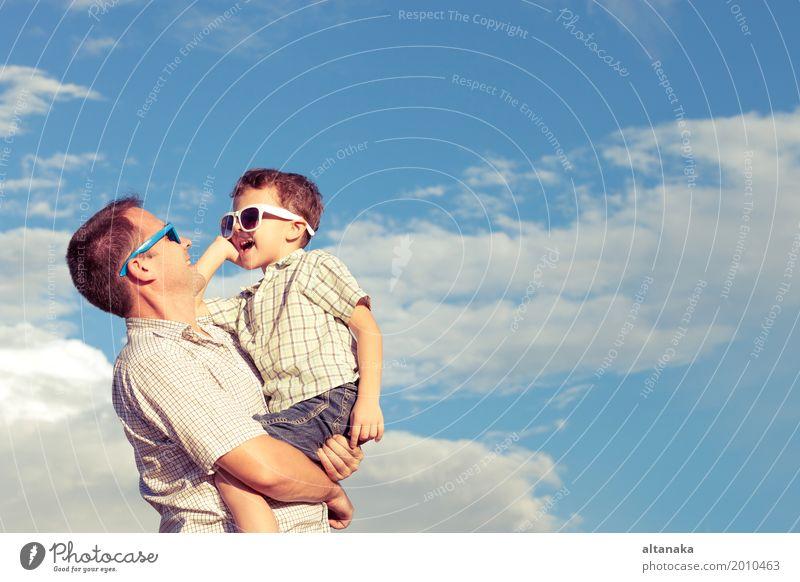 Kind Natur Ferien & Urlaub & Reisen Mann Sommer Sonne Erholung Freude Strand Erwachsene Leben Lifestyle Liebe Gefühle Junge Familie & Verwandtschaft