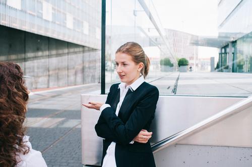 Business Reichtum Erwachsenenbildung Berufsausbildung Azubi Praktikum Arbeit & Erwerbstätigkeit Arbeitsplatz Mittelstand Unternehmen Karriere Erfolg Sitzung