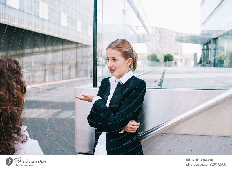 Business sprechen feminin Arbeit & Erwerbstätigkeit Erfolg Beginn Idee planen Pause Team Bildung Erwachsenenbildung Beruf Sitzung Reichtum Beratung