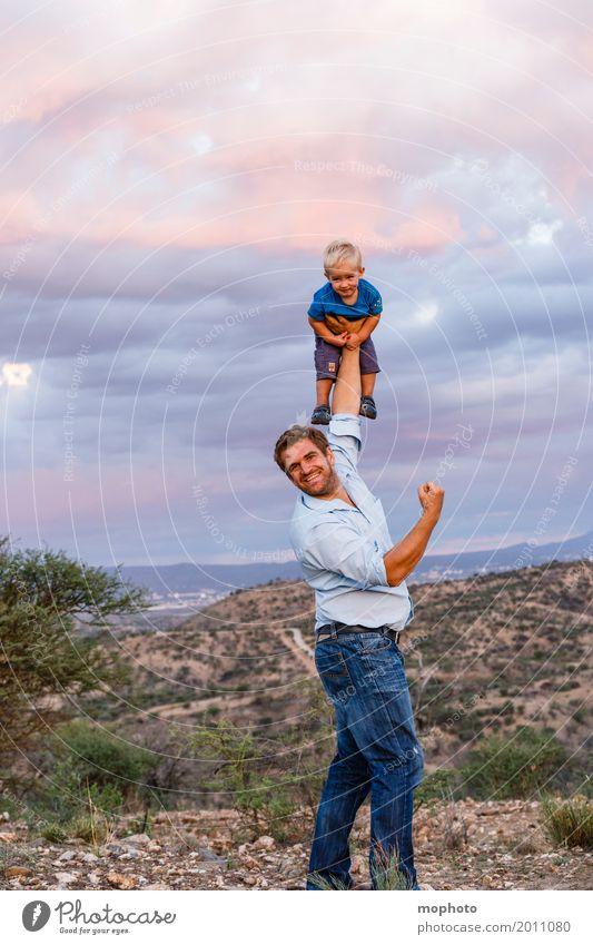 Flieg Engelein flieg... #3 Freude Kindererziehung Mensch maskulin Baby Kleinkind Junge Mann Erwachsene Eltern Vater Kindheit Leben Landschaft toben Fröhlichkeit