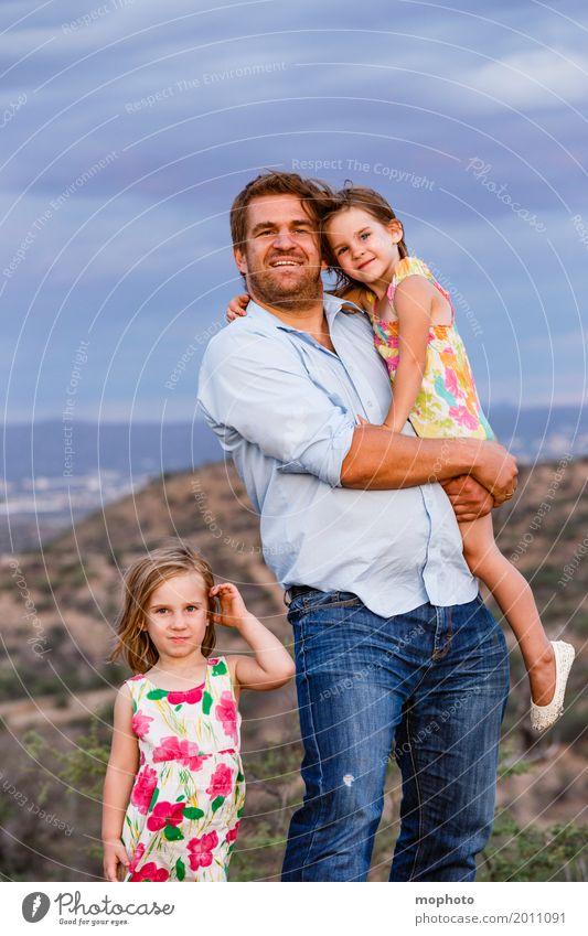 *100 Glück Kindererziehung Mensch Mädchen Mann Erwachsene Vater Geschwister Schwester Familie & Verwandtschaft Leben 3 3-8 Jahre Kindheit 30-45 Jahre Natur