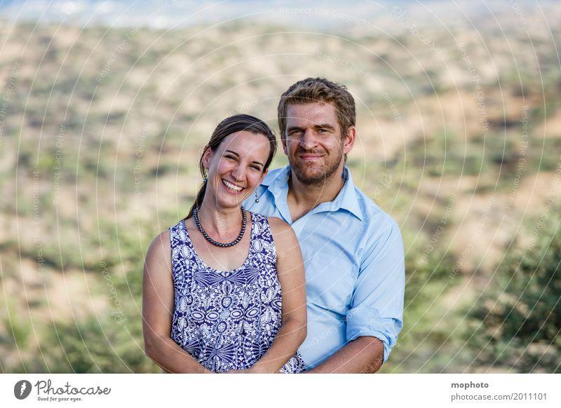 Glückliches Ehepaar #3 Lifestyle Mensch Junge Frau Jugendliche Junger Mann Paar Partner Erwachsene Leben 2 30-45 Jahre Natur Landschaft Park Hügel Lächeln
