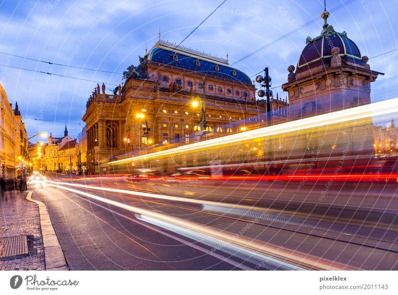 Prag bei Nacht (Nationaltheater) Ferien & Urlaub & Reisen Stadt Architektur Straße Gebäude Tourismus elegant Europa Kultur historisch Bauwerk Sehenswürdigkeit
