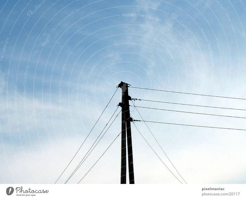 Strommast Himmel Elektrizität Technik & Technologie Kabel Strommast Leitung Elektrisches Gerät