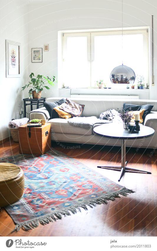 wohnzimmer Häusliches Leben Wohnung Innenarchitektur Möbel Sofa Tisch Raum Wohnzimmer ästhetisch Freundlichkeit einzigartig gemütlich Farbfoto Innenaufnahme