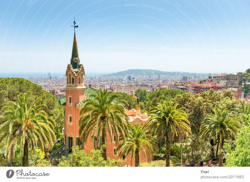 Museum von Antoni Gaudi im Park Guell Himmel Natur Ferien & Urlaub & Reisen Pflanze blau Sommer Stadt schön grün weiß Baum Landschaft rot Haus Fenster schwarz
