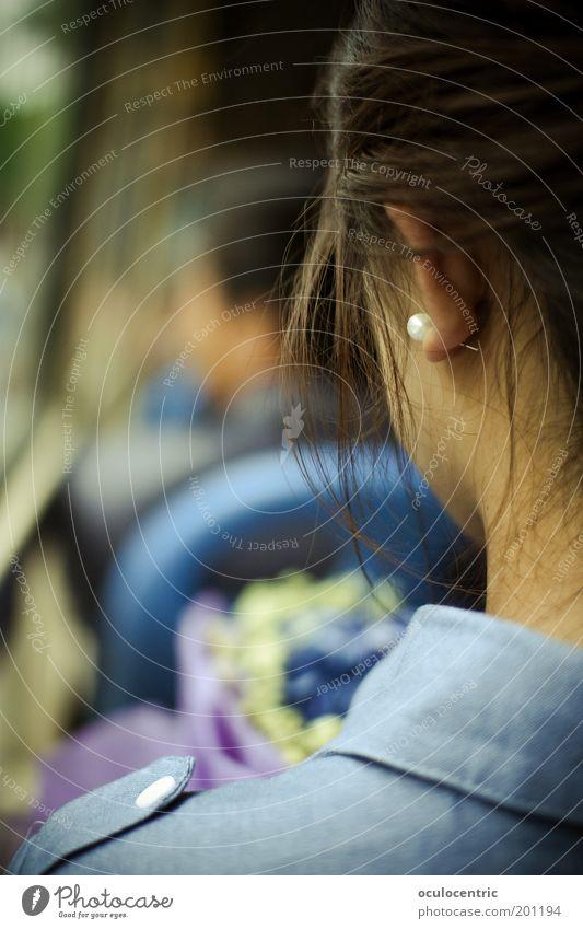 annett adrett Mensch Jugendliche schön alt Blume blau feminin Haare & Frisuren träumen Kopf Erwachsene Rücken sitzen ästhetisch Ohr