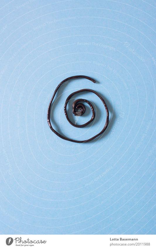 Lakritzschnecke blau Freude schwarz Essen Ernährung ästhetisch Kreativität genießen süß lecker Symbole & Metaphern Süßwaren Dessert deutlich Schnecke