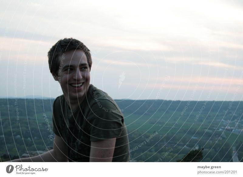 free snicker Freude Freizeit & Hobby Ausflug Ferne Freiheit Sommer Mensch maskulin Junger Mann Jugendliche Gesicht 1 Himmel Sonnenaufgang Sonnenuntergang