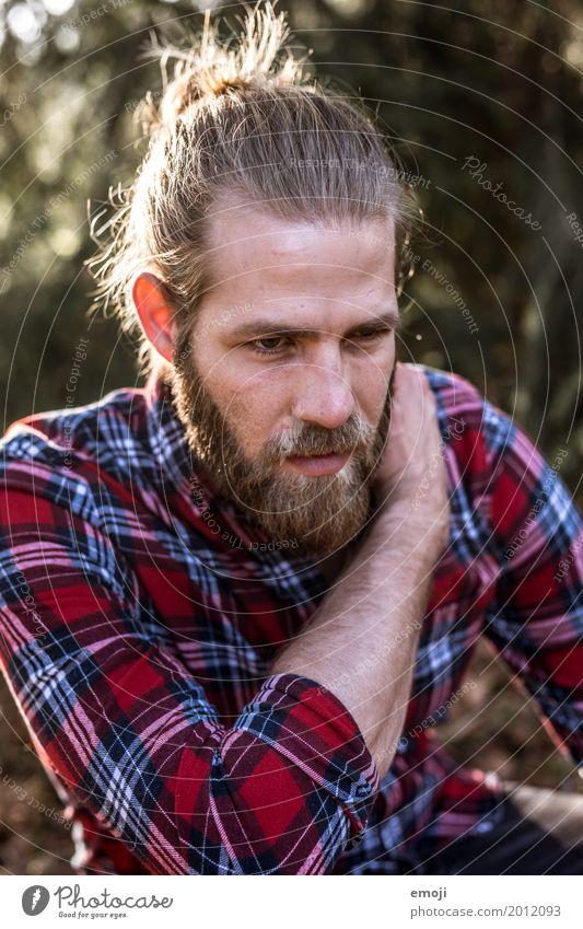 sundown maskulin Junger Mann Jugendliche Erwachsene Gesicht Bart 1 Mensch 18-30 Jahre 30-45 Jahre Coolness Leben Hipster kariert Farbfoto Außenaufnahme Tag