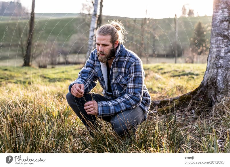 sein. maskulin Junger Mann Jugendliche Erwachsene 1 Mensch 18-30 Jahre Umwelt Natur Feld Coolness natürlich Hipster wandern Wandertag Wanderausflug Naturliebe