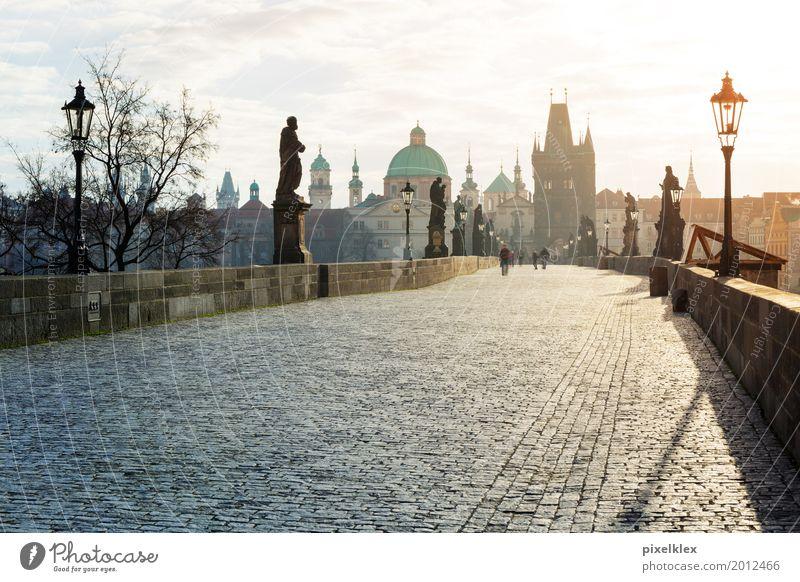 Karlsbrücke (Prag) Ferien & Urlaub & Reisen Stadt Haus Architektur Straße Wege & Pfade Gebäude Stein Tourismus Kirche Idylle Europa Brücke Turm Bauwerk