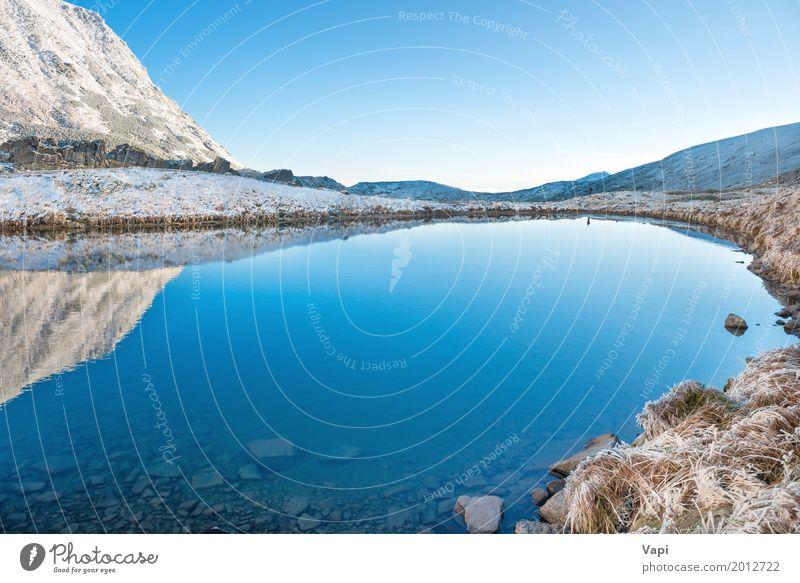 Schöner blauer See in den Bergen, Morgensonnenaufgangzeit Himmel Natur Ferien & Urlaub & Reisen Sommer Wasser weiß Landschaft Winter Strand Berge u. Gebirge