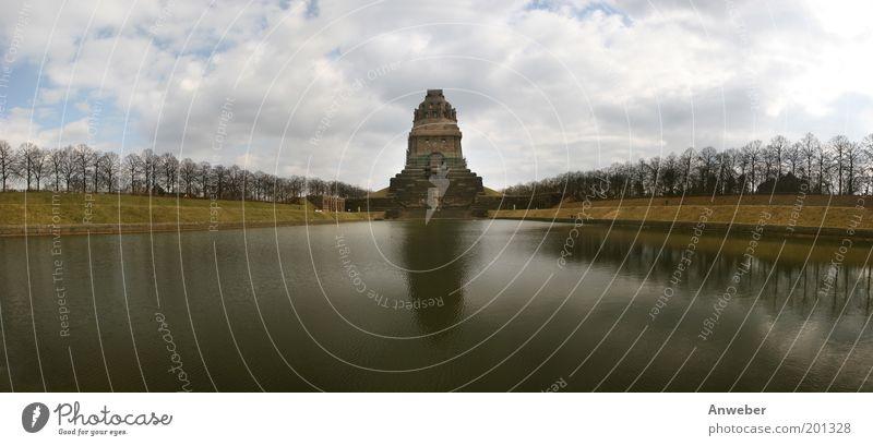 Panorama Völkerschlachtdenkmal in Leipzig schön Baum Ferien & Urlaub & Reisen Wolken Landschaft Architektur Stein See Park Deutschland Kraft groß Tourismus