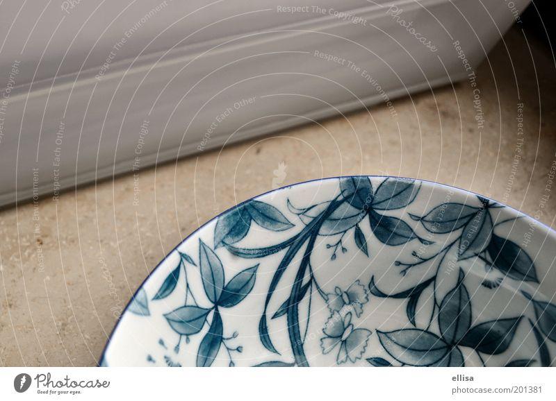 Porzellan: weiß zu blau alt grau Stein neu rund Dekoration & Verzierung rein Schmetterling Geschirr Stillleben Geborgenheit Schalen & Schüsseln Ornament geblümt
