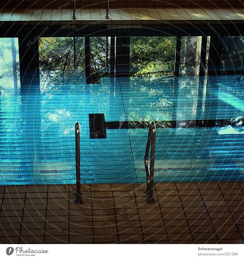 dive in and find out Wellness Erholung ruhig Kur Spa Sport Wassersport Sportstätten Schwimmbad Flüssigkeit frisch blau grün Stimmung rein stagnierend Farbfoto