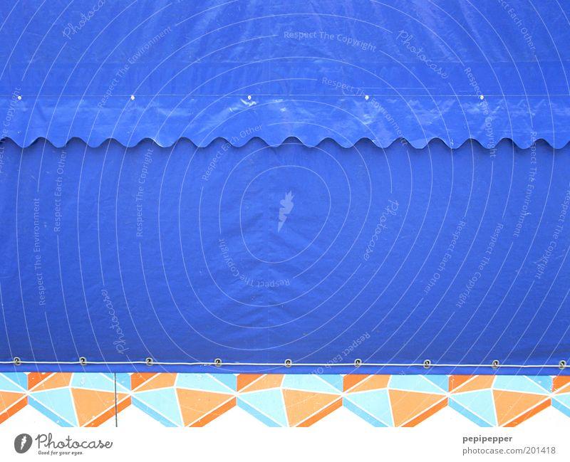 geschlossene veranstaltung Feste & Feiern Jahrmarkt Zirkus Show Fassade Ornament blau Farbfoto Außenaufnahme Nahaufnahme Detailaufnahme Menschenleer Kontrast