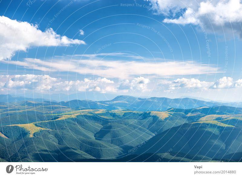Landschaft mit blauen Bergen Ferien & Urlaub & Reisen Tourismus Sommer Sonne Berge u. Gebirge Natur Luft Himmel Wolken Horizont Sonnenlicht Frühling
