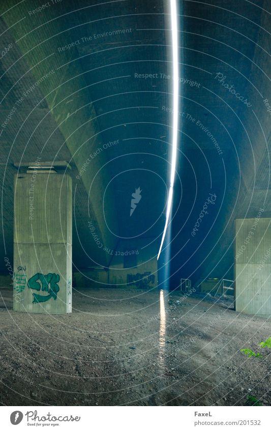 Oberlicht 2 grün blau Farbe Wege & Pfade Sand Graffiti braun Beton Hoffnung Brücke fest Autobahn Tunnel Lücke Optimismus Hochstraße