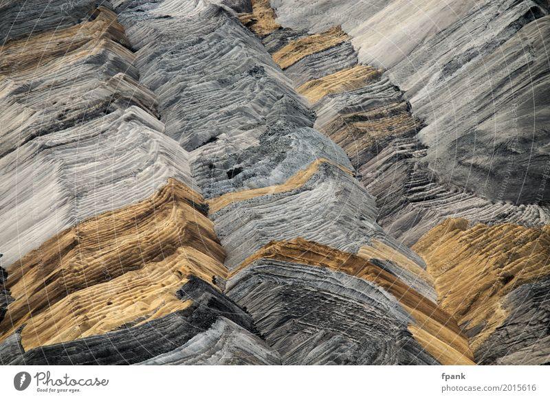 Umgelagerte Sedimente Umwelt Erde Sand braun gelb grau Umweltverschmutzung Farbfoto Außenaufnahme Menschenleer Tag