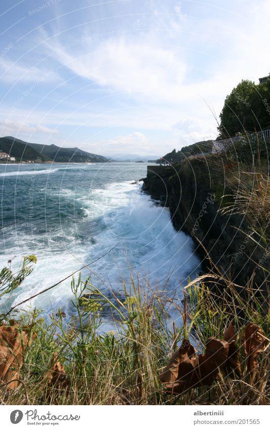Wellenbrecher Natur Wasser schön Meer Sommer Ferien & Urlaub & Reisen Landschaft Stimmung Wind Umwelt Felsen Reisefotografie außergewöhnlich Bucht