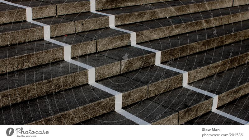 """GrauZone""... dunkel grau Wege & Pfade Stein Linie dreckig Beton Treppe Perspektive aufwärts parallel Am Rand Symmetrie Geometrie Aktien abwärts"